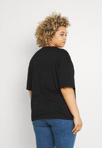 Even&Odd Curvy - T-shirt basic - black - 2