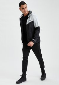 DeFacto Fit - Training jacket - grey - 1