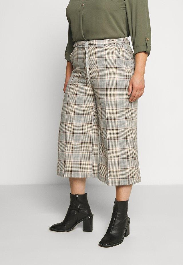 CHECK CULOTTE - Pantalones - beige