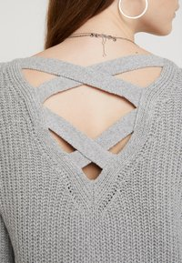 Hollister Co. - BACK DRESS - Abito in maglia - grey - 5