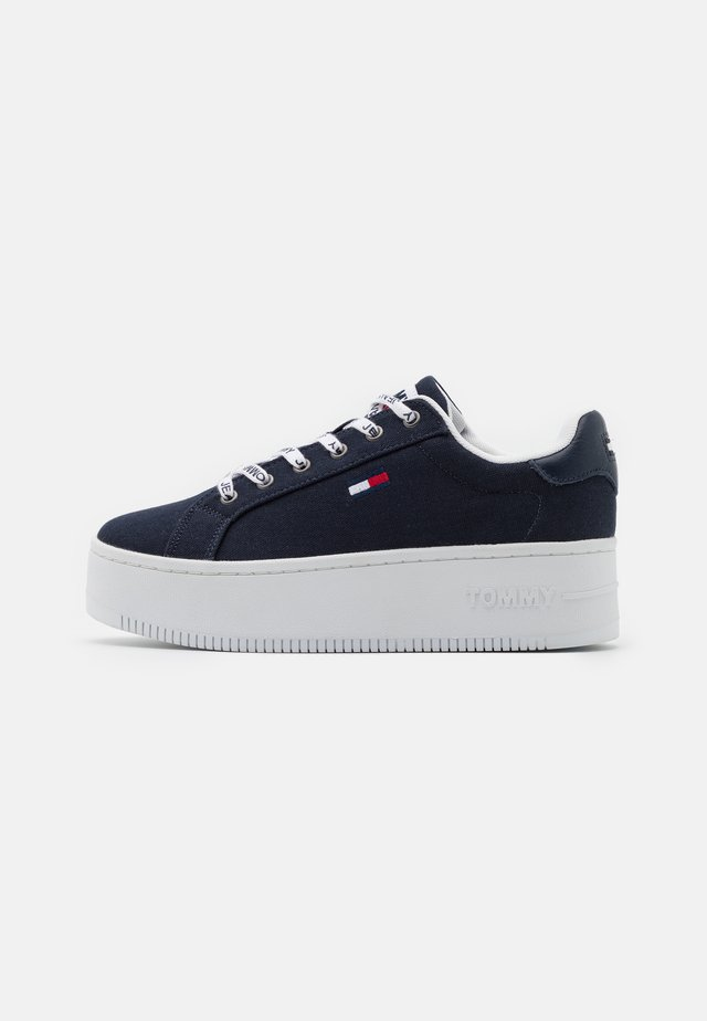 ICONIC ESSENTIAL FLATFORM - Sneakers laag - twilight navy