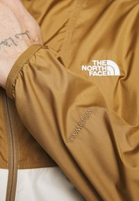 The North Face - CYCLONE JACKET UTILITY - Outdoorjas - brown/off-white - 5
