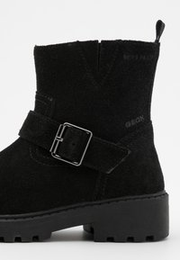 Geox - CASEY GIRL WPF - Cowboy/biker ankle boot - black - 5