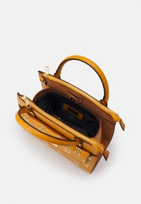 River Island - Handbag - tan