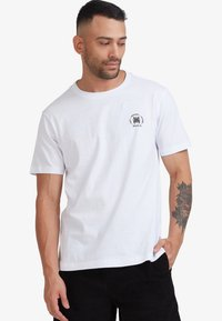 RVCA - SEAL  - Print T-shirt - white - 2