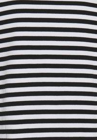 Makia - VERKSTAD  - Long sleeved top - black - 2
