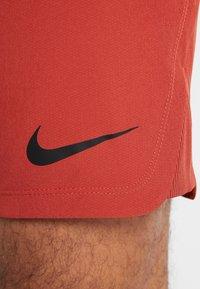 Nike Performance - FLEX REP SHORT - Sports shorts - dune red - 3