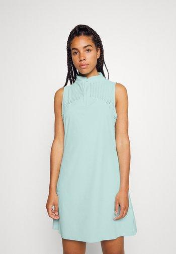 ACE DRESS - Sports dress - light dew