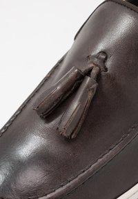 Base London - POGO - Loaferit/pistokkaat - burnished brown - 5