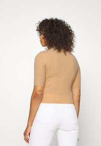 Glamorous Tall - MID SLEEVE HIGH NECK TOP - Jumper - beige - 2