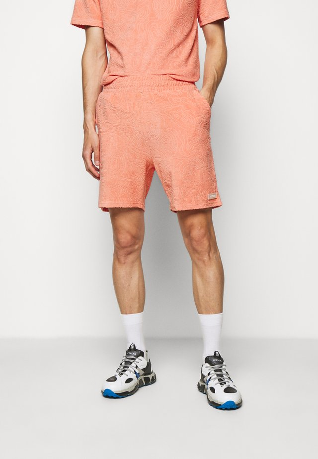 TOPOS SHAVED TERRY - Shorts - neon coral