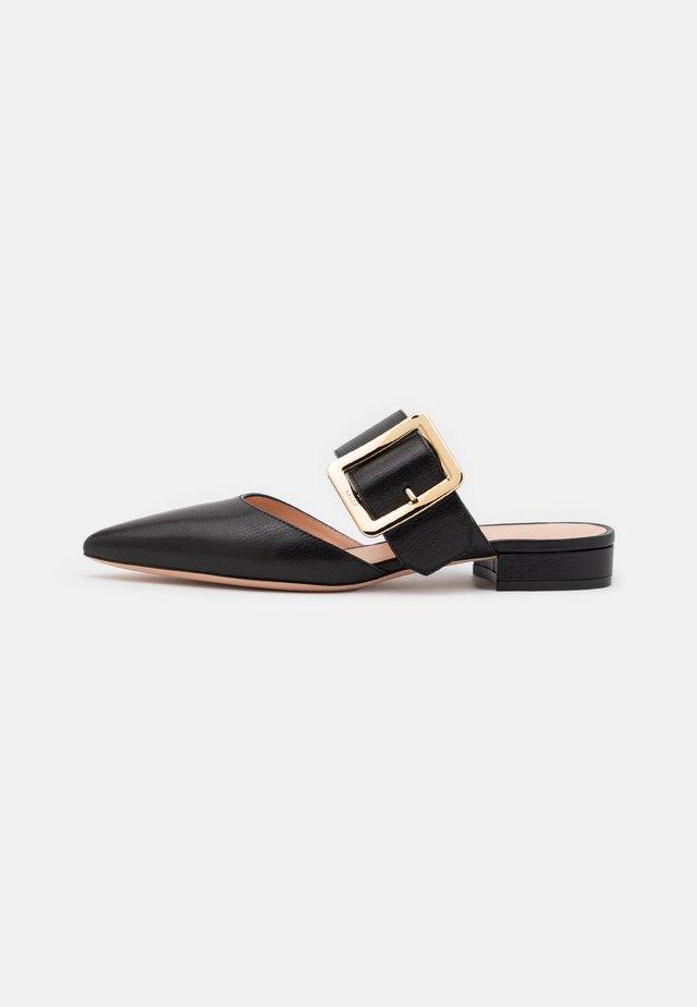 JEMINA FLAT - Pantofle - black