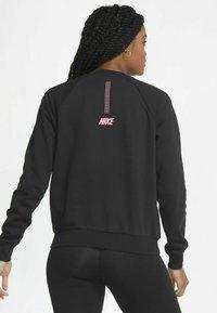 Nike Sportswear - Sweatshirt - black/hyper pink - 2