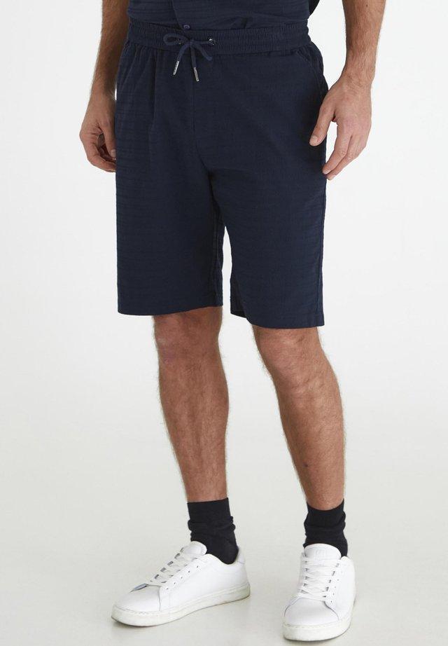 TOALBERTUS  - Shorts - dark sapphire