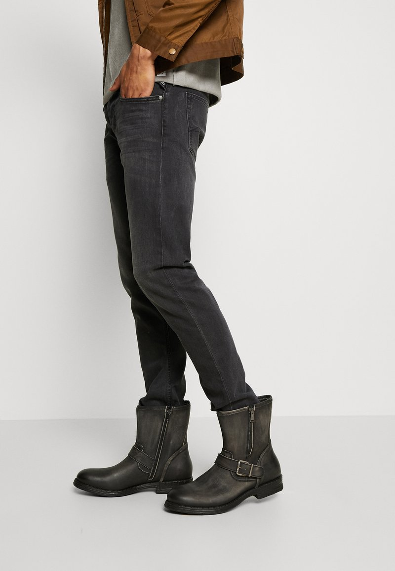 Replay - BEDFORD - Cowboy/biker ankle boot - stone