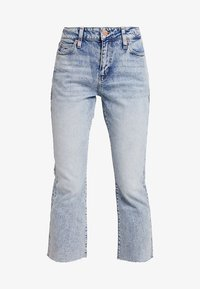 Tommy Jeans - CROP FLARE - Jeans bootcut - light-blue denim - 4
