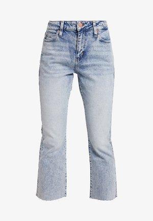 CROP FLARE - Jeans bootcut - light-blue denim