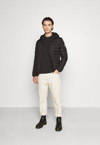 Good For Nothing - LOFTON PUFFER - Light jacket - black - 1