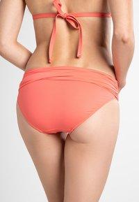 Lauren Ralph Lauren - BCS WIDE SHIRRED BAND HIPSTER - Bikini bottoms - coral reef - 1