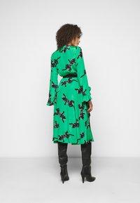 Diane von Furstenberg - SERENA DRESS - Vapaa-ajan mekko - green - 2