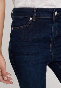 comma - Slim fit jeans - blue denim - 3