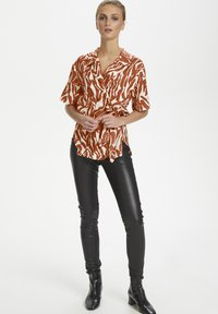 Soaked in Luxury - SLNIKAIA - Blouse - zebra strokes red - 1