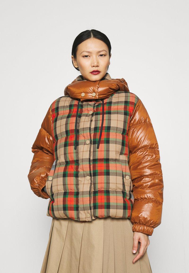WEEKEND MaxMara - VALICO - Down jacket - orange