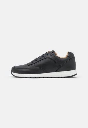 MALIN VEGAN - Zapatillas - black