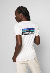 Patagonia - LOGO CREW - T-shirts med print - white - 0
