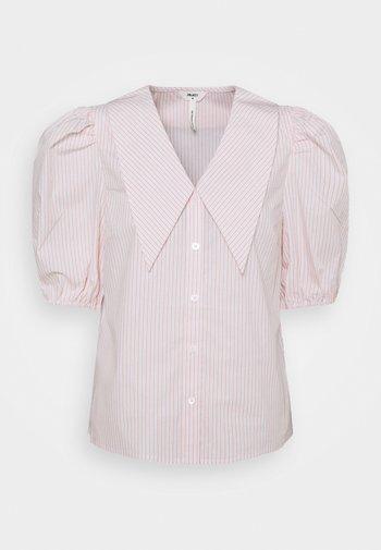 OBJMAHIN - Button-down blouse - bright white/shrimp