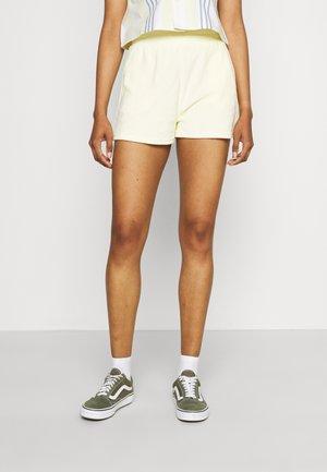 AVA TOWELLING - Shorts - transpe