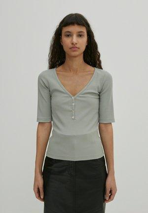 NALA - Basic T-shirt - grau