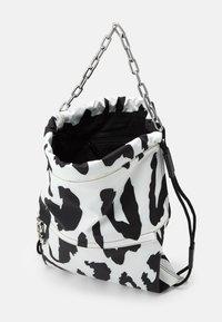 Just Cavalli - Tote bag - bianco/nero - 2