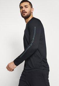 Under Armour - Camiseta de deporte - black - 4