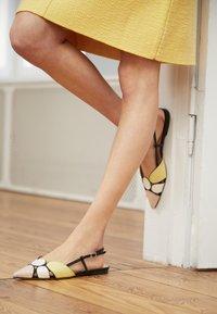 Bianca Di - Slingback ballet pumps - multicolor - 4