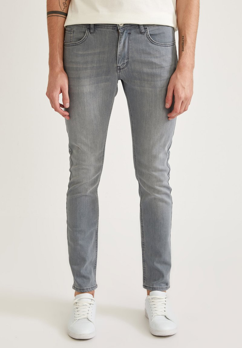 DeFacto - Jeans slim fit - grey