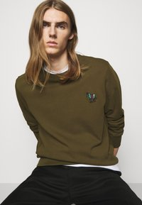 PS Paul Smith - ZEBRA CREW NECK - Sweatshirt - khaki - 3