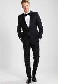 Eton - SLIM FIT - Camisa elegante - white - 1