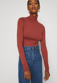 Vero Moda Tall - VMHAPPY BASIC ROLLNECK - Jumper - mahogany - 5