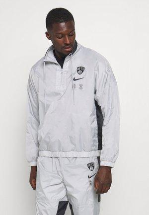 NBA BROOKLYN NETS TRACKSUIT - Club wear - silver/black