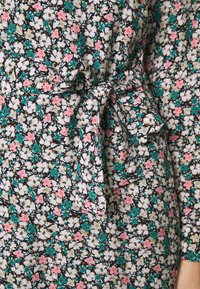 Vero Moda - VMELLIE DRESS  - Shirt dress - ellie - 4
