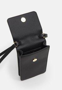 Emporio Armani - PHONE CASE - Phone case - nero - 2