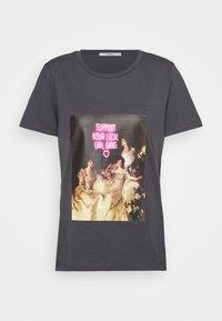 ONLY - ONLGIRLY SQUAD - Print T-shirt - grey - 4