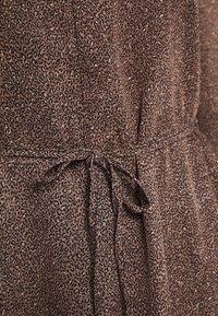 New Look Petite - MINI ANIMAL MIDI DRESS - Day dress - brown pattern - 2