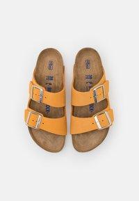 Birkenstock - ARIZONA  - Pantofle - apricot - 5