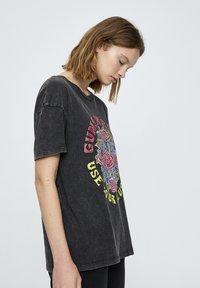 PULL&BEAR - T-shirt print - mottled dark grey - 3