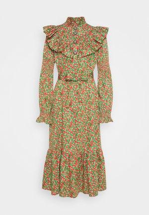 TILLA DRESS - Paitamekko - green