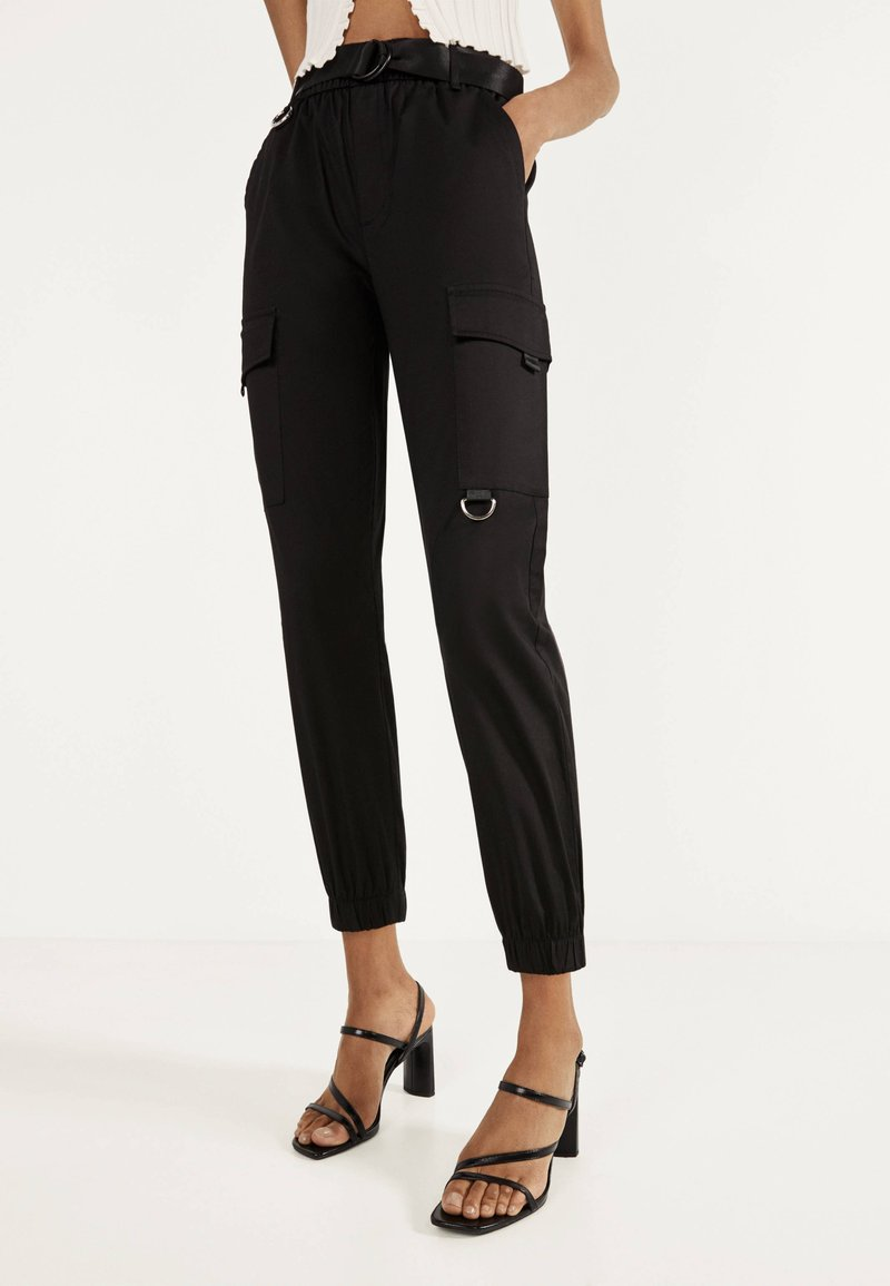 Bershka - Pantaloni - black
