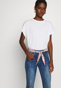 Desigual - RAINBOW - Jeansy Skinny Fit - denim dark - 4