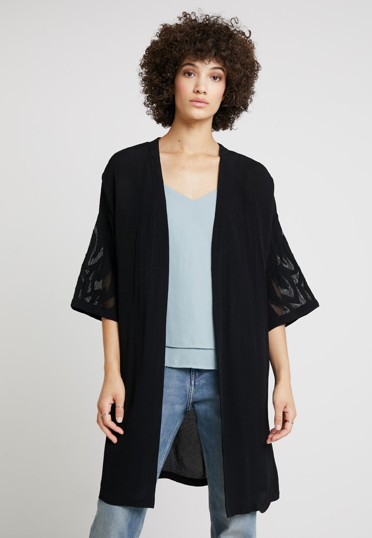 Culture - SICILLA KIMONO - Summer jacket - black